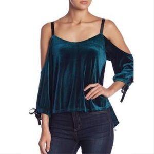 Romeo & Juliet Couture green velvet cold shoulder
